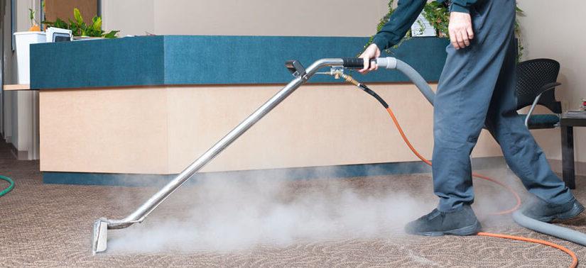 الة تنظيف بالبخار من افضل شركة تنظيف في عجمان
